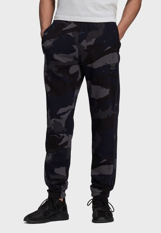 Camo Graphic Sweatpants