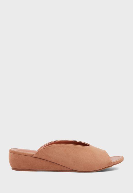 Mid Heel Wedge Sandal
