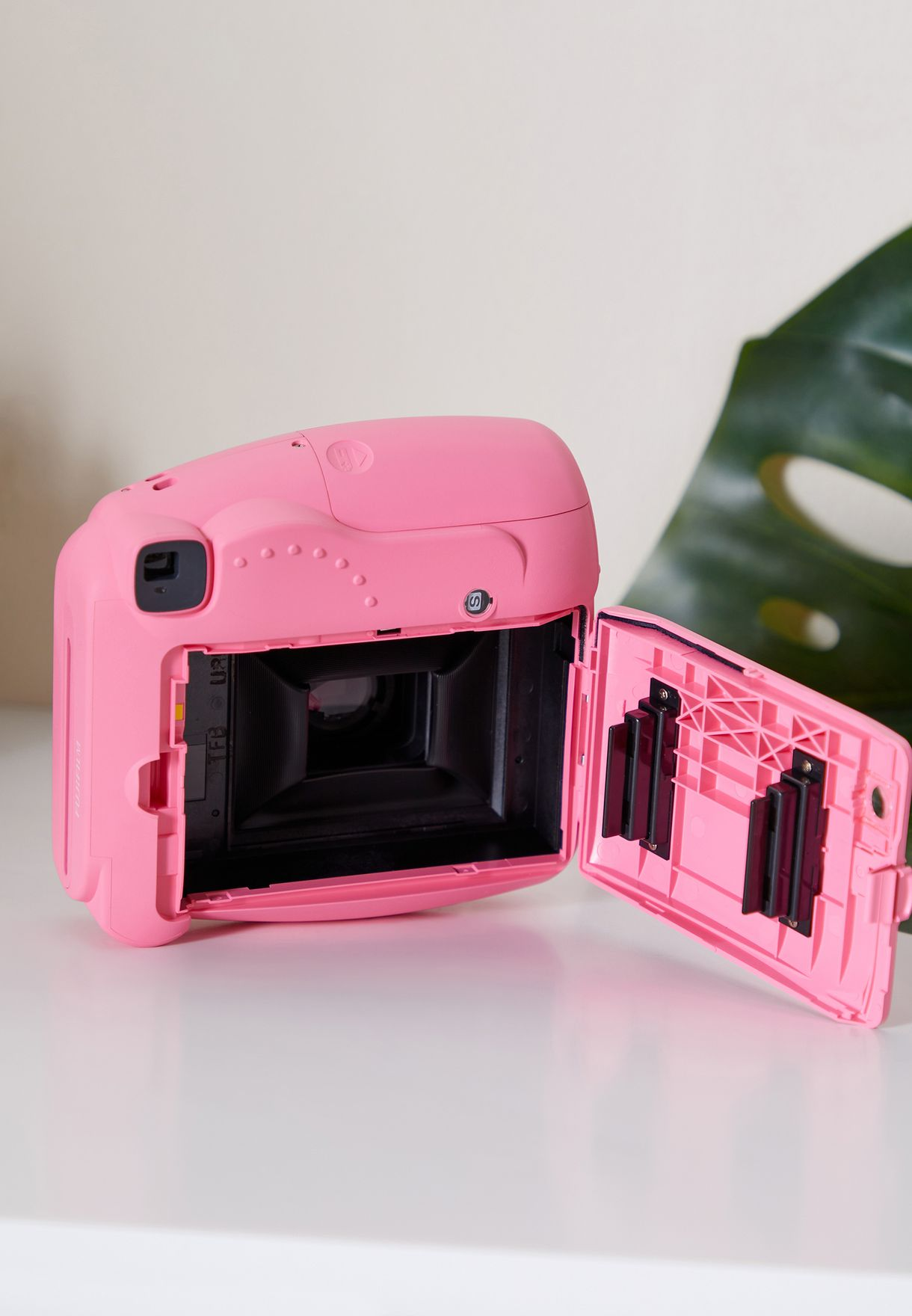 Fujifim Instax Mini 9 Camera Value Pack Bundle