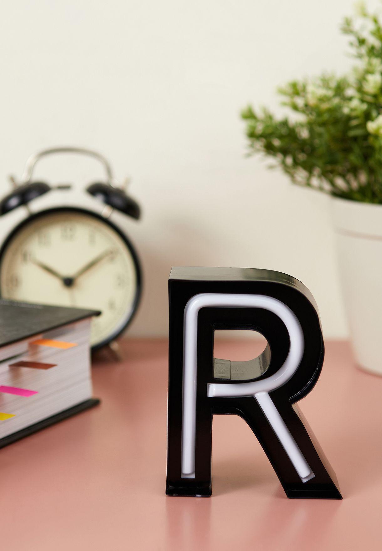 ضوء شكل حرف R
