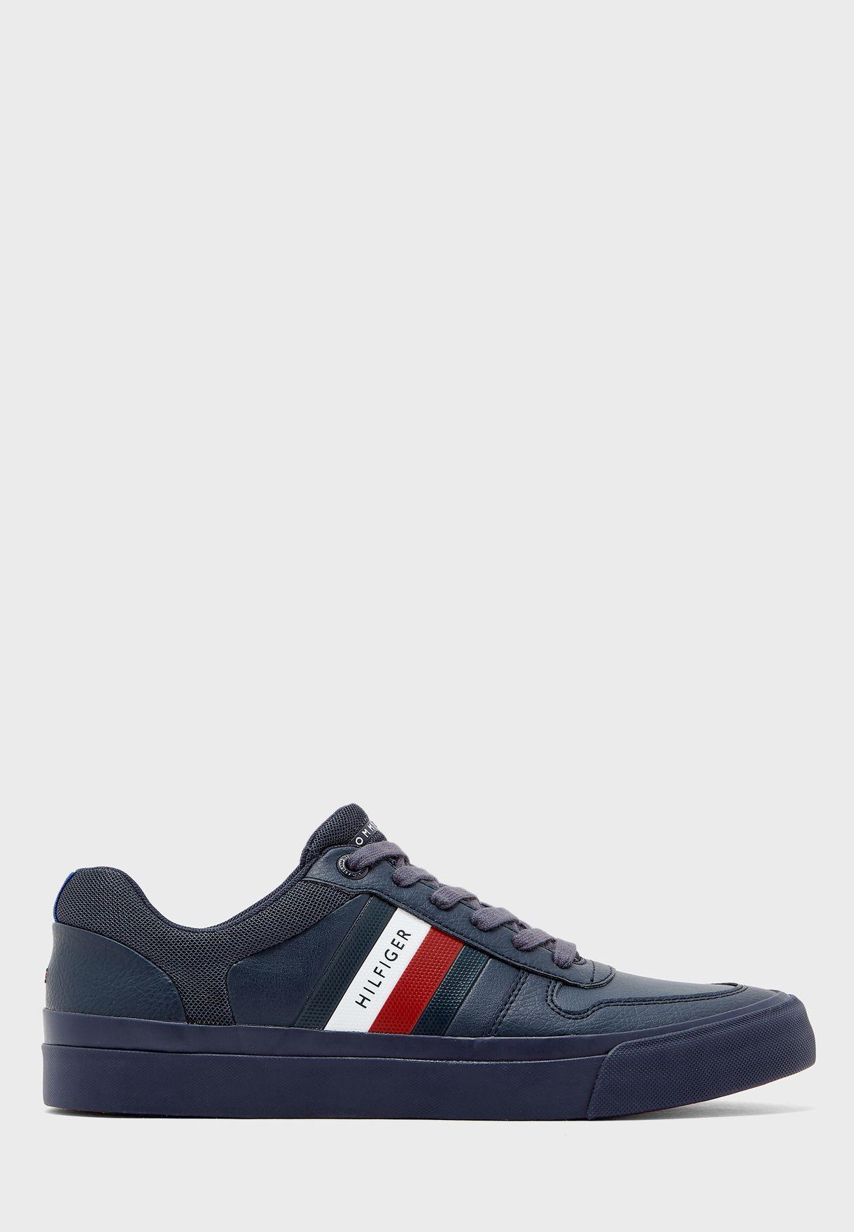 Core Corporate Modern Sneakers