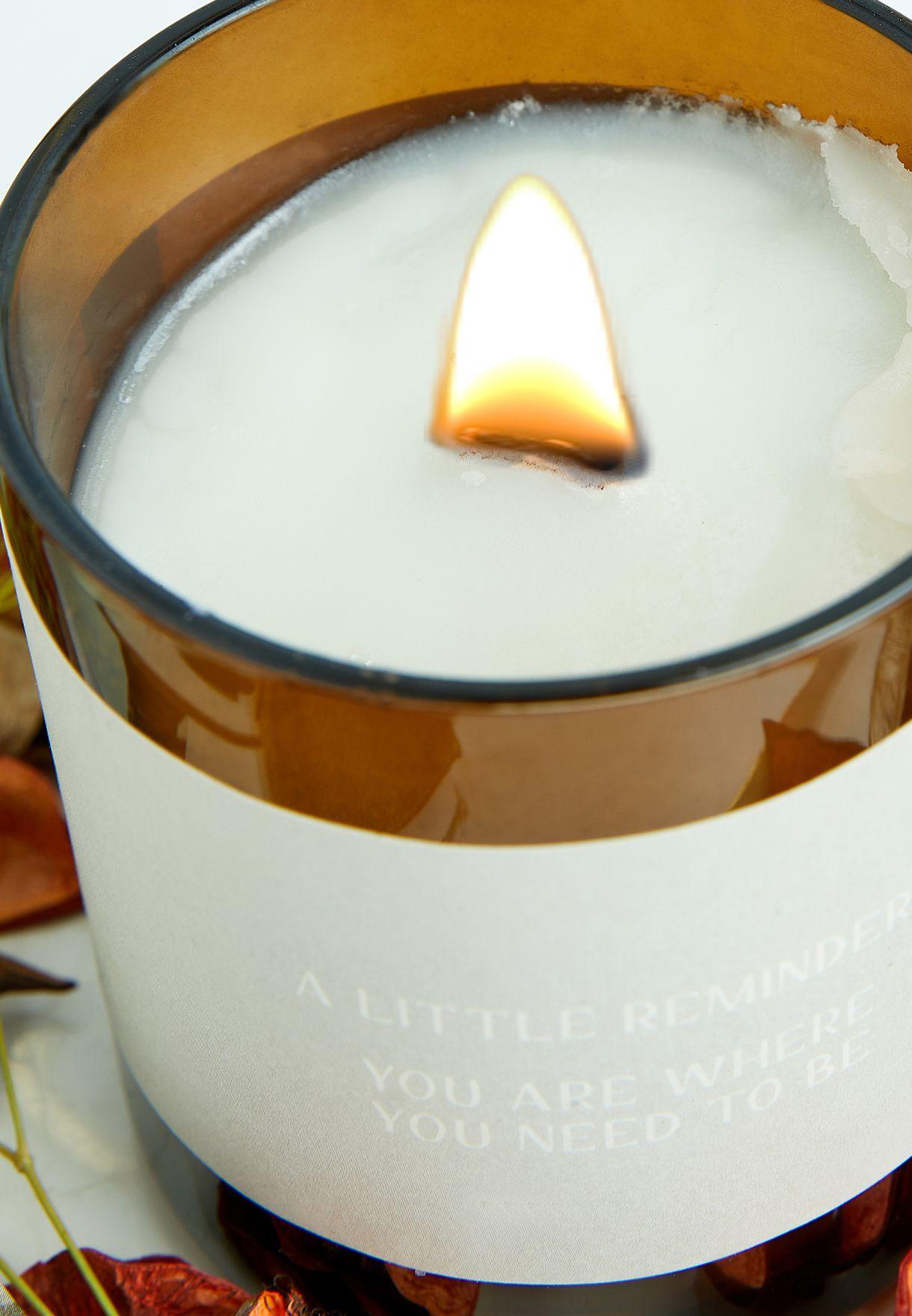 شمعة عطرية بشقائق النعمان