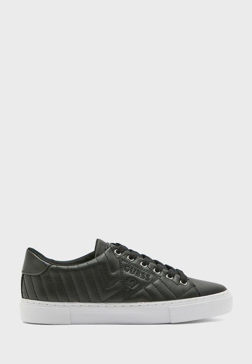 Grasiee Low Top Sneaker