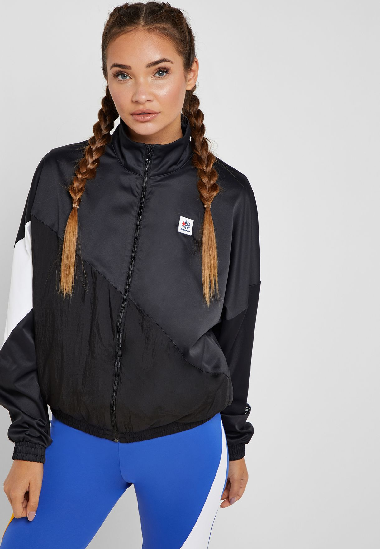 Shop Reebok black Classic Track Jacket DT7204 for Women in Saudi -  19000AT97NWP 3ad765f05