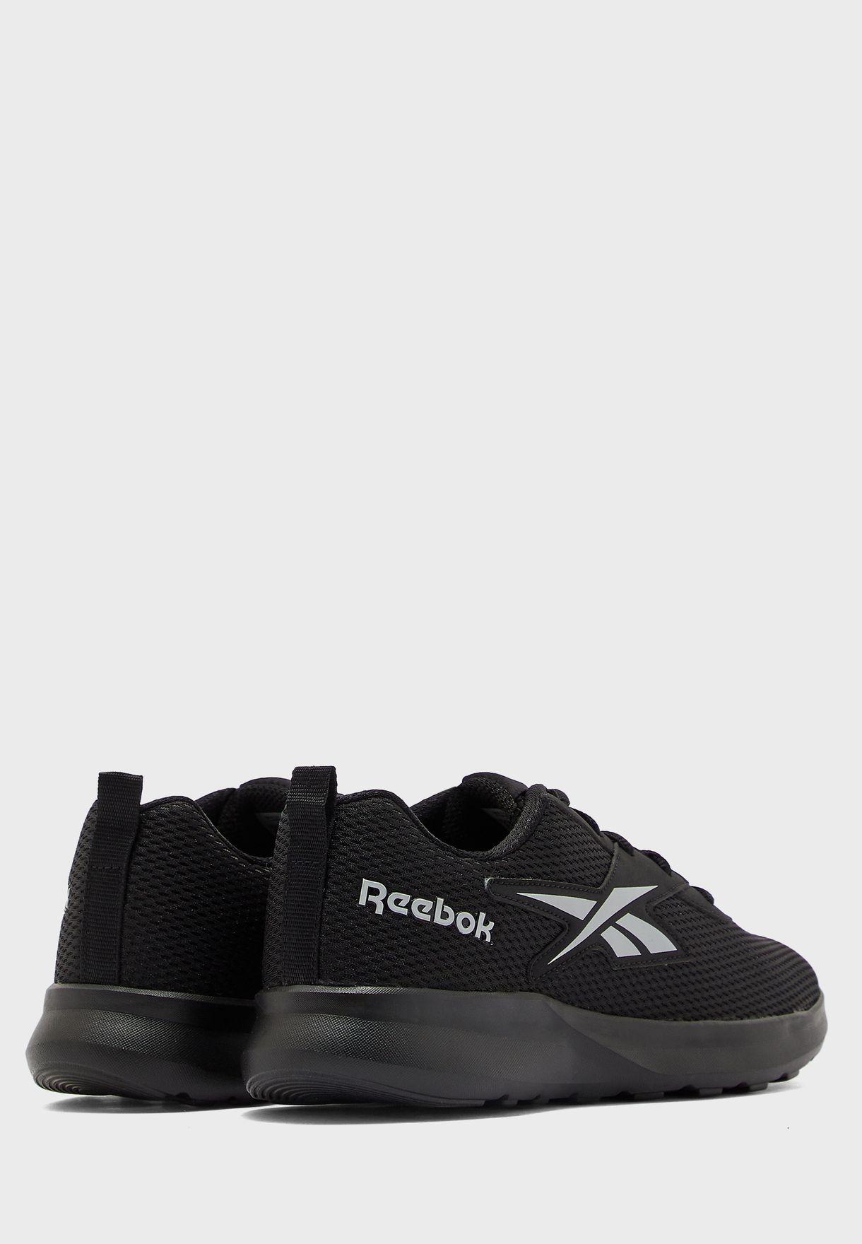 حذاء فوييجر  1.0