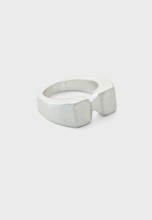 خاتم معدني