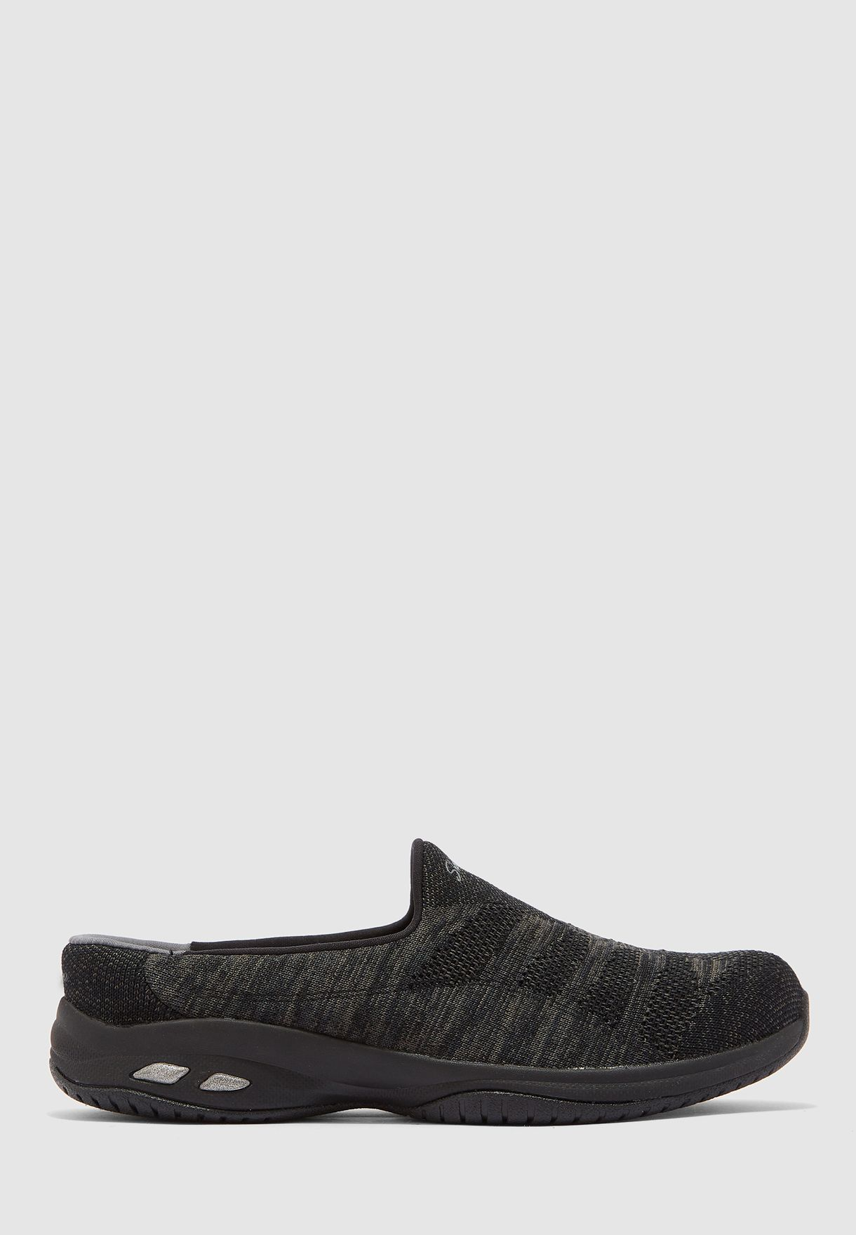 حذاء كوميوت