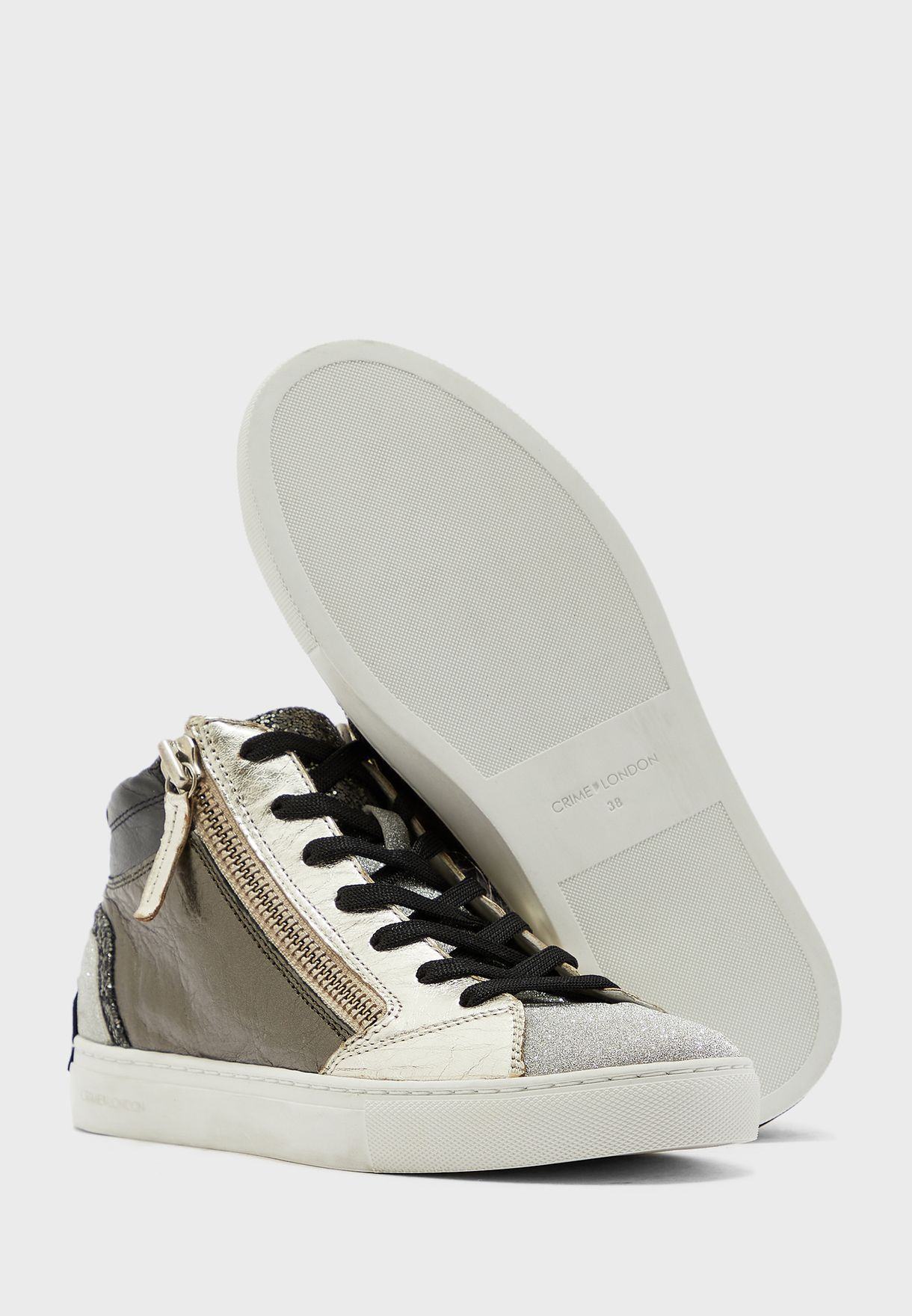 Java Low Top Sneaker
