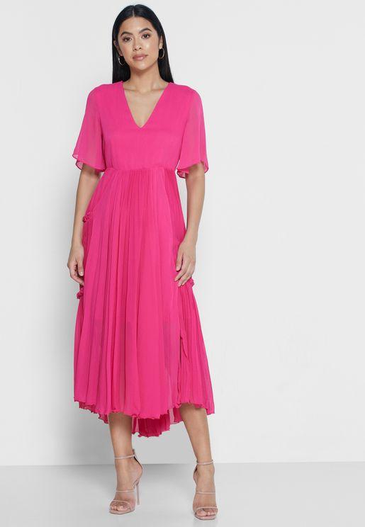فستان مكشكش مزين بكسرات
