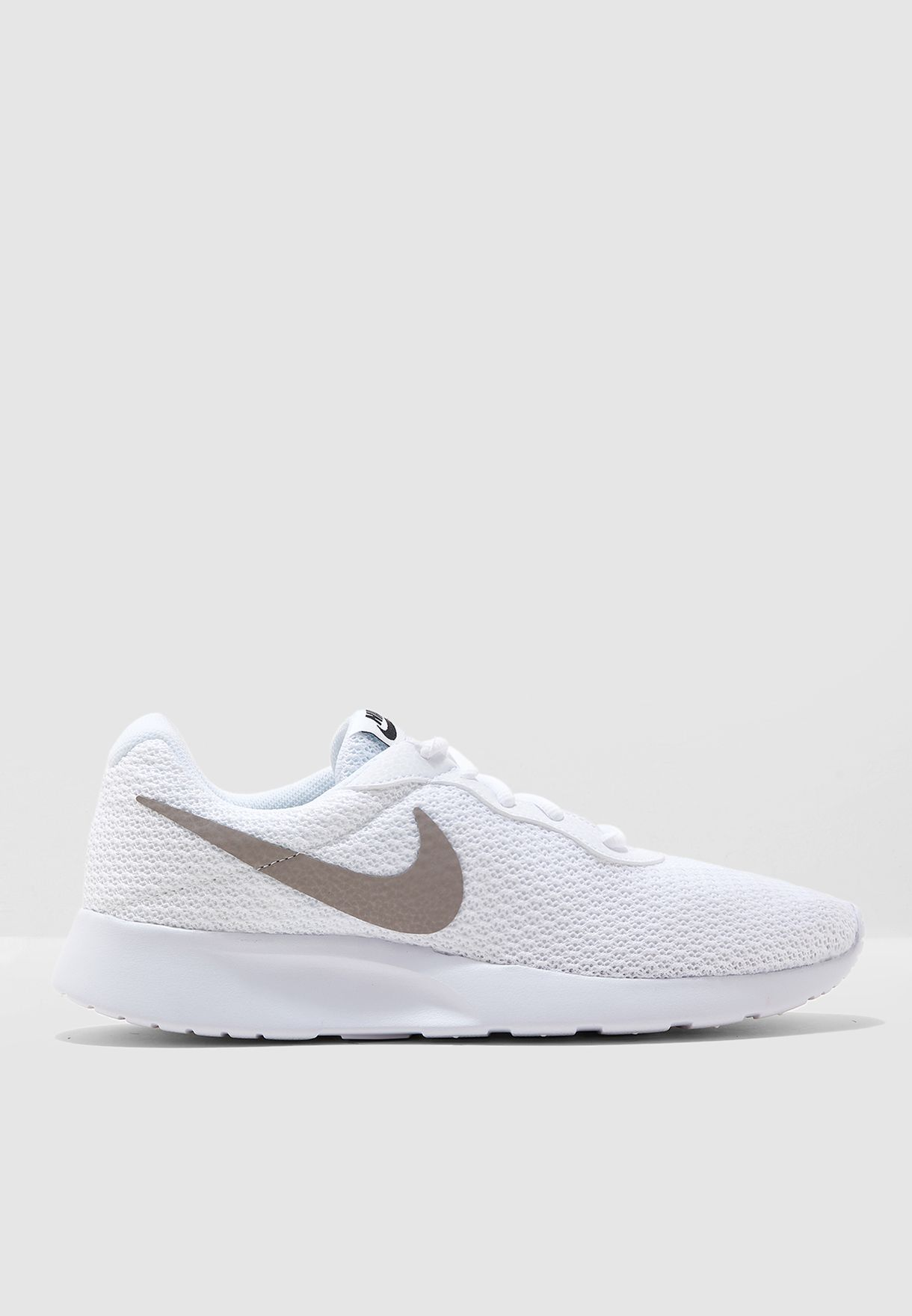 best website 9dbb7 4c065 Shop Nike white Tanjun 812654-104 for Men in UAE - 72704SH08DCP