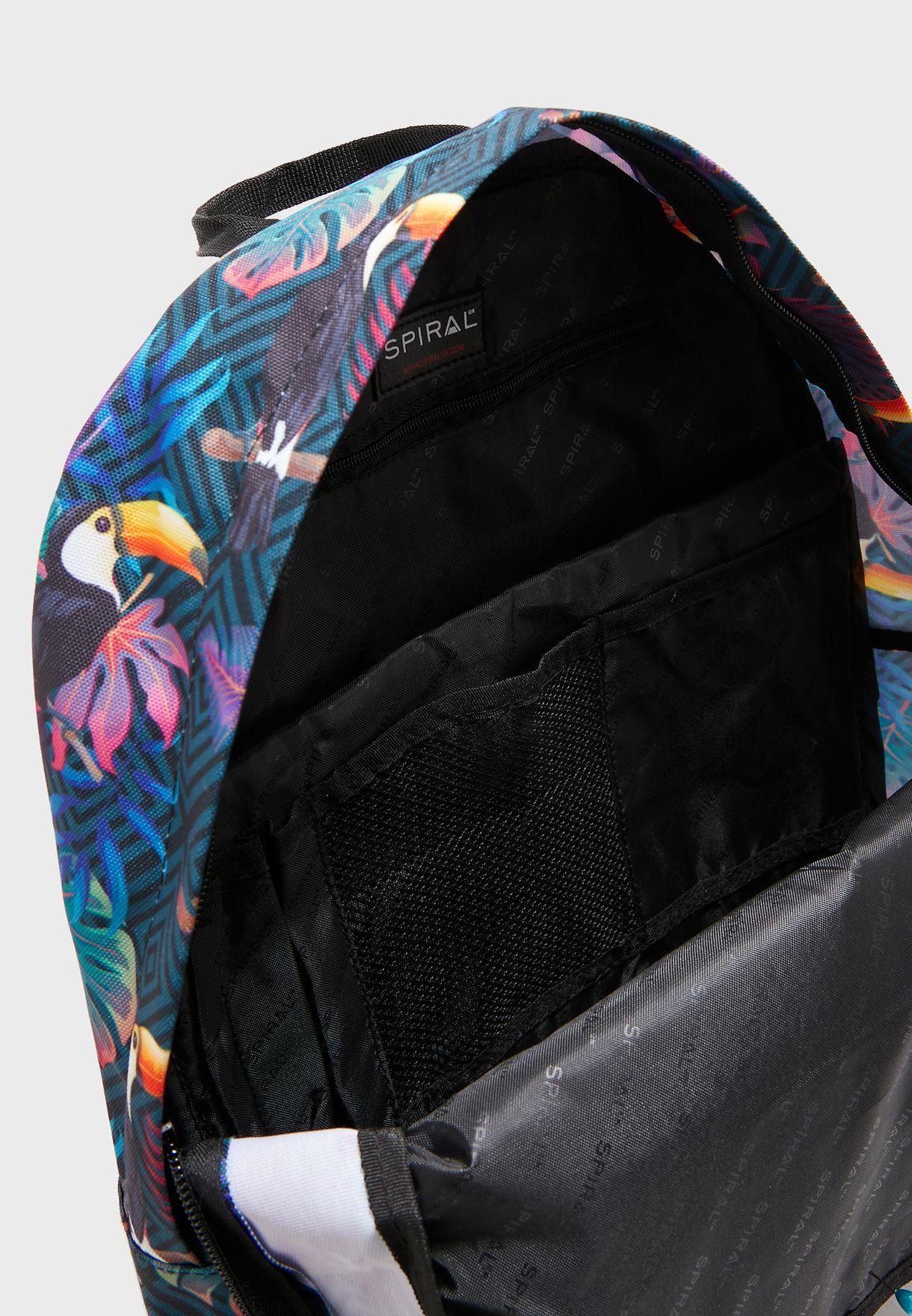 حقيبة ظهر بطبعات ادغال
