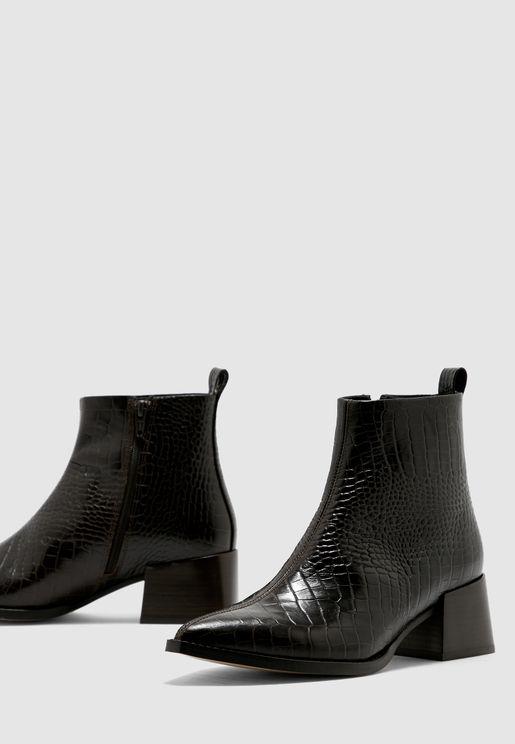 حذاء جلد اصلي بكعب قصير