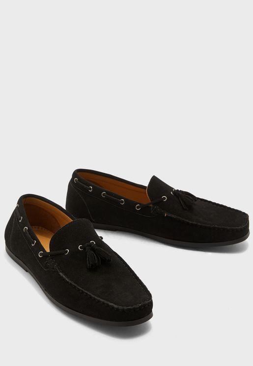 حذاء لوفرز بشراشيب