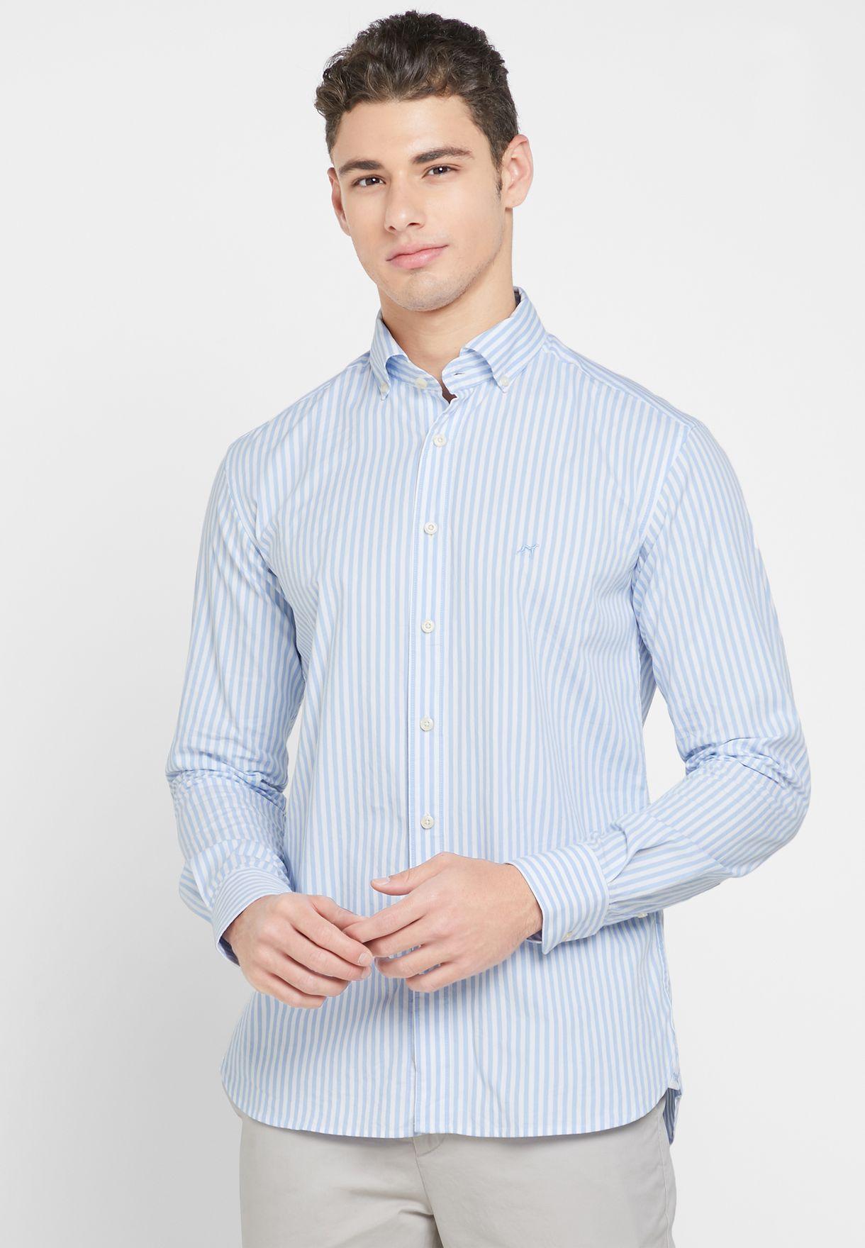 قميص سلم فيت بطبعات خطوط