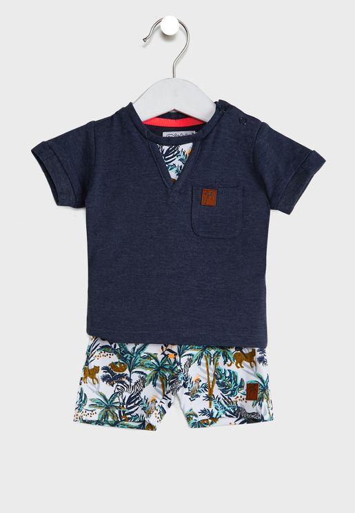 Infant Casual T-Shirt + Printed Shorts Set