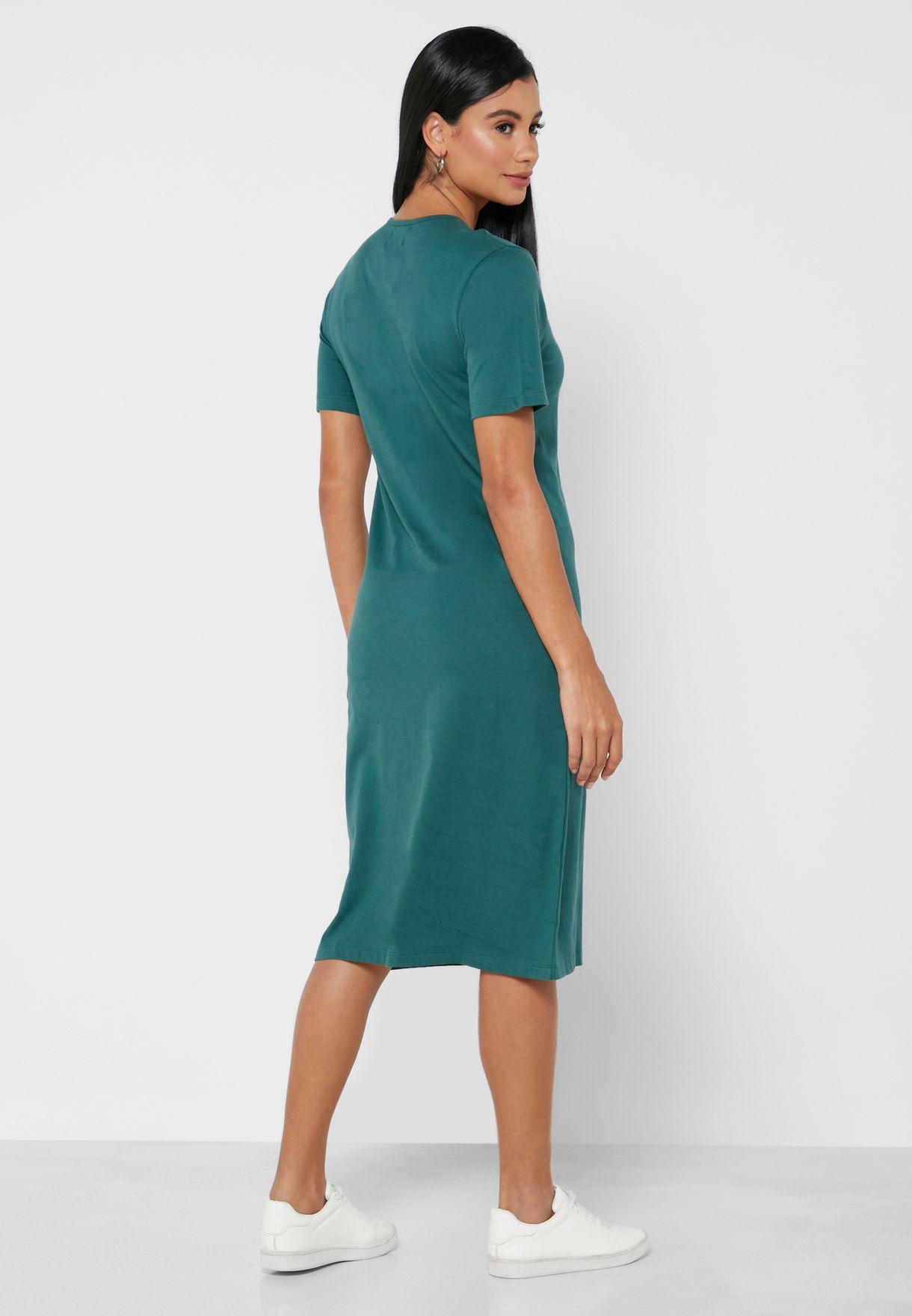 فستان ميدي بنمط تيشيرت