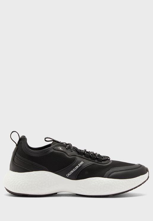 Runner Low Top Sneakers