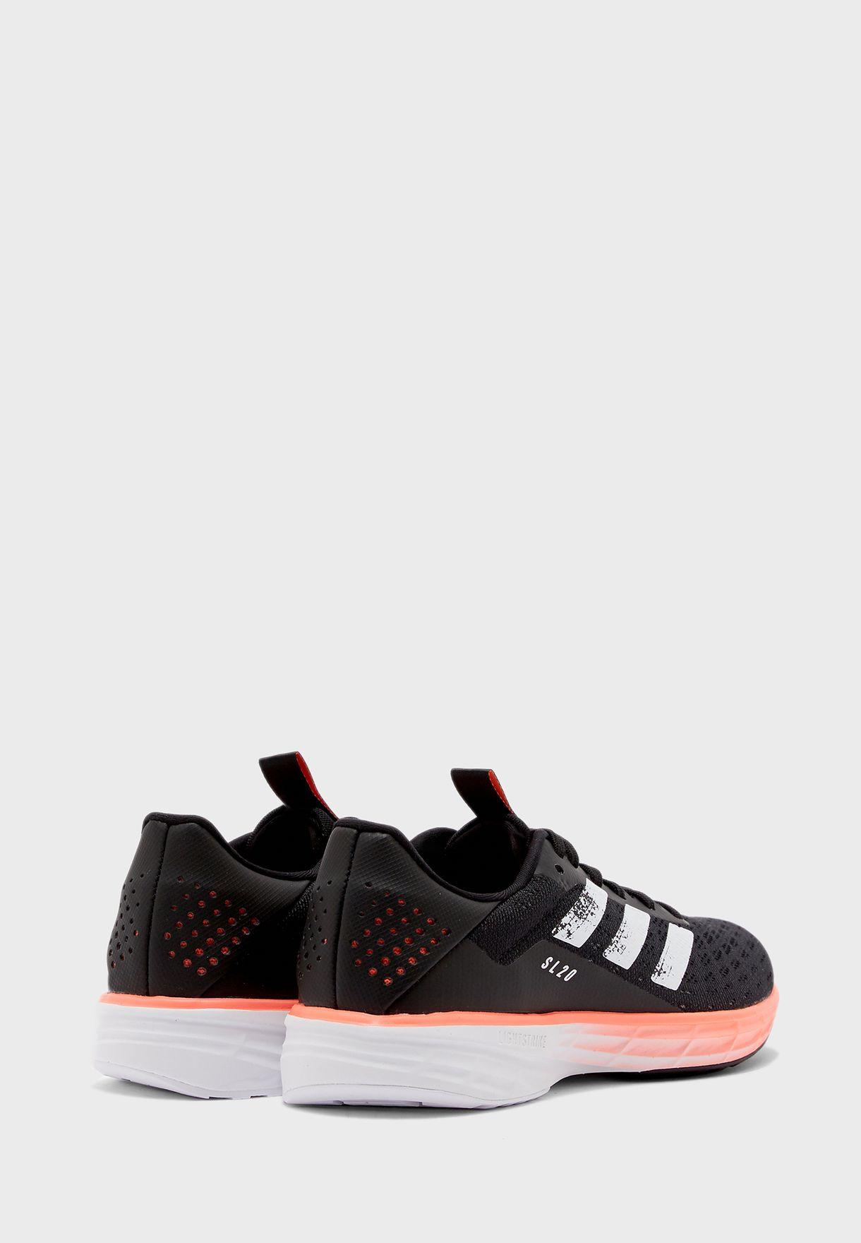 حذاء يوث اس اي 20