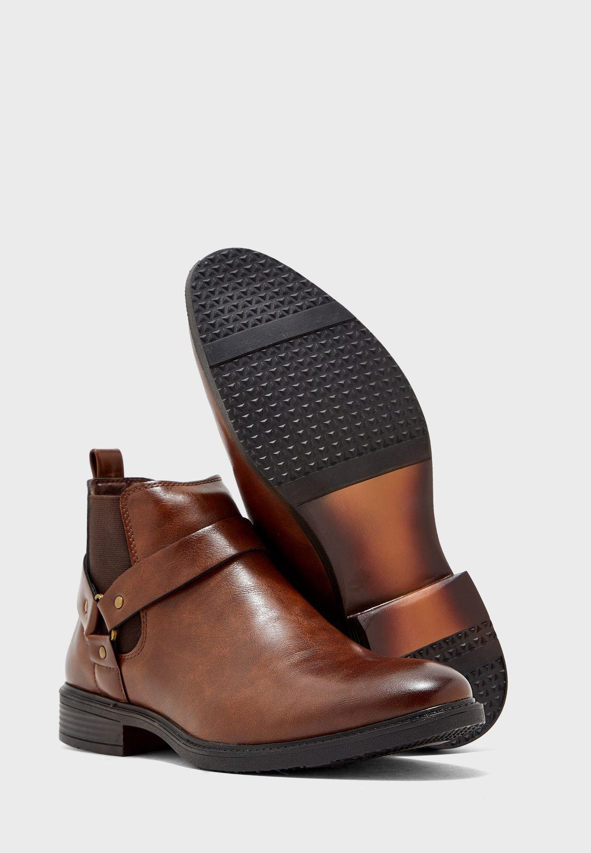 Gradient Buckle Strap Chelsea Boots