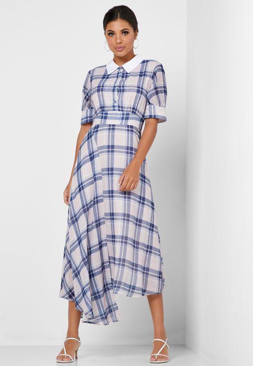 فستان مطبع باكمام منفوشه