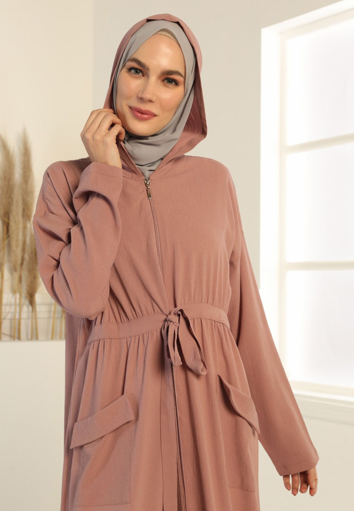 Pleated Hooded Abaya