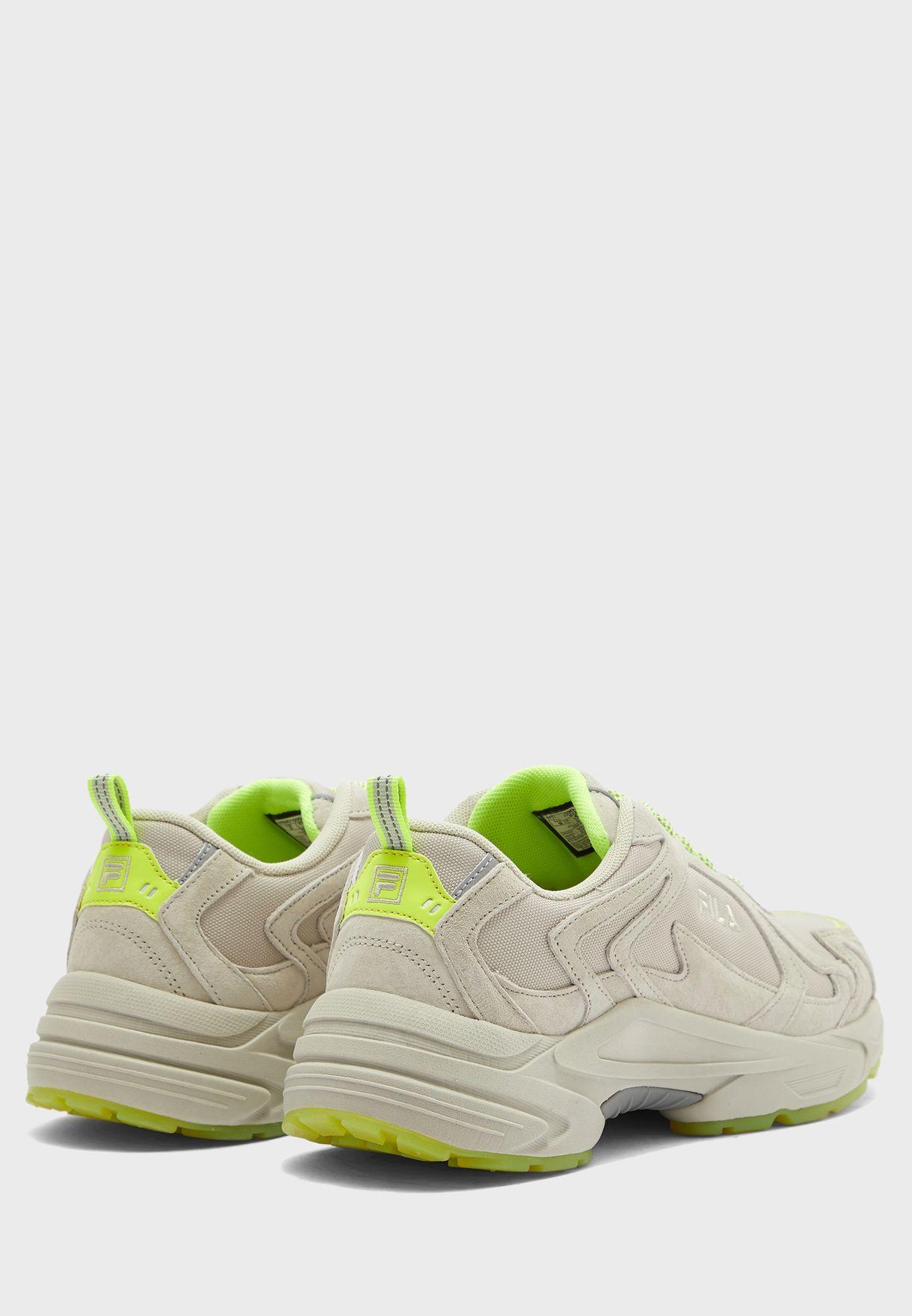 حذاء هيرويكس