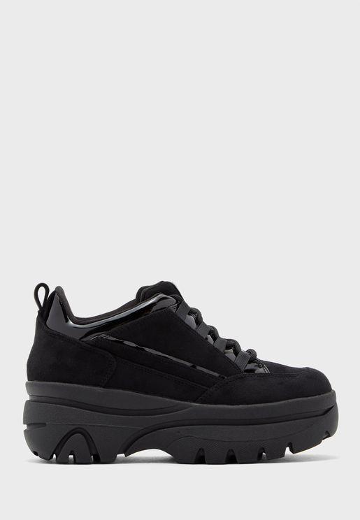 Bounce Low Top Sneaker