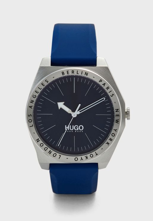 1530105 Analog Watch