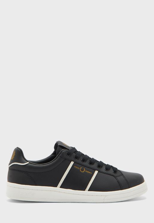 Logo Low Top Sneaker