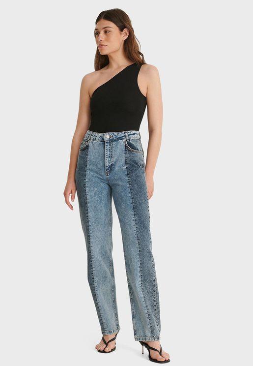 جينز بخصر عالي ونمط كتل الألوان