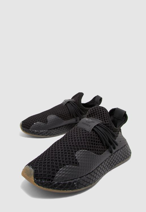 حذاء ديرابت
