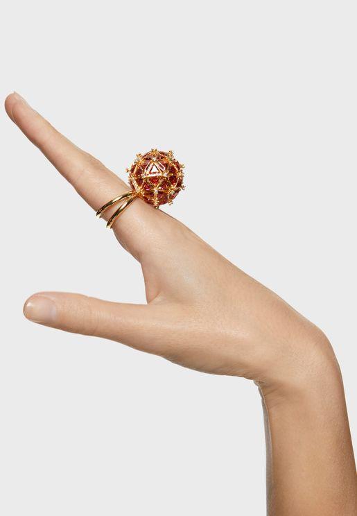 خاتم من مجموعة كريوزا