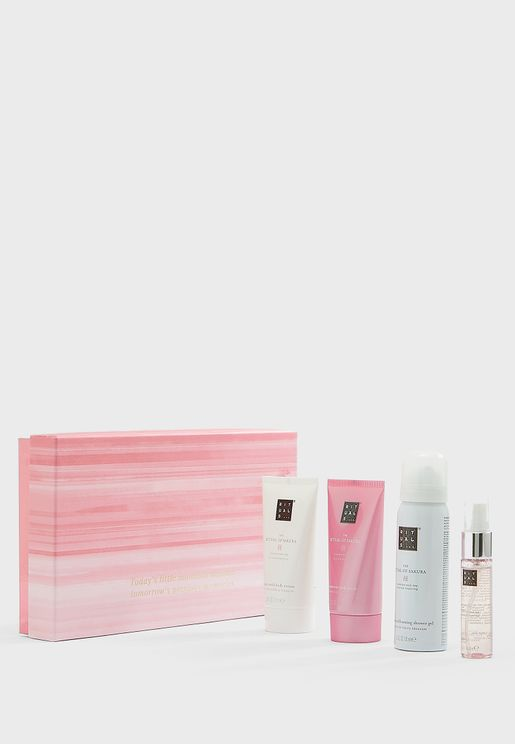 Sakura Renewing Treat Gift Set