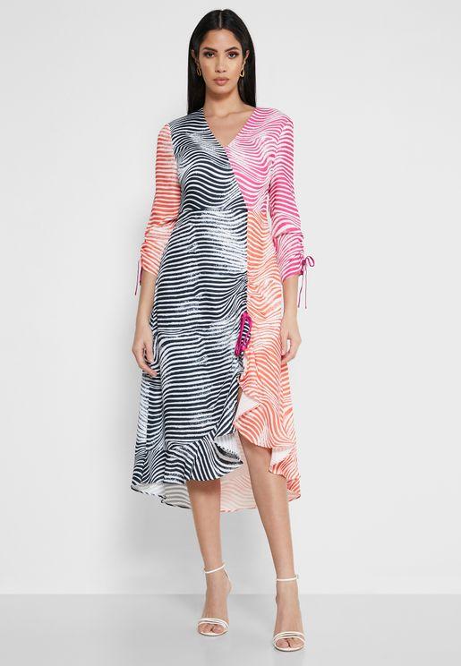 فستان مطبع بحافة كشكش