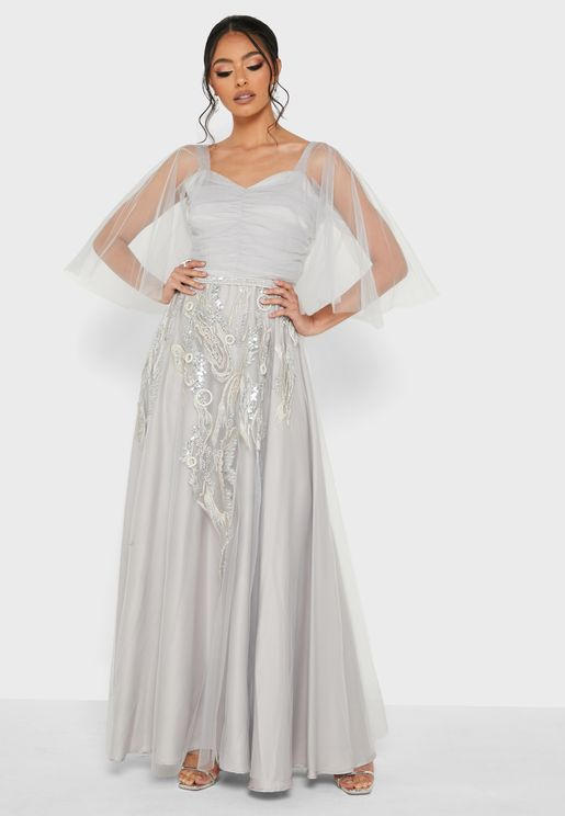 فستان مرصع مكشوف الاكتاف