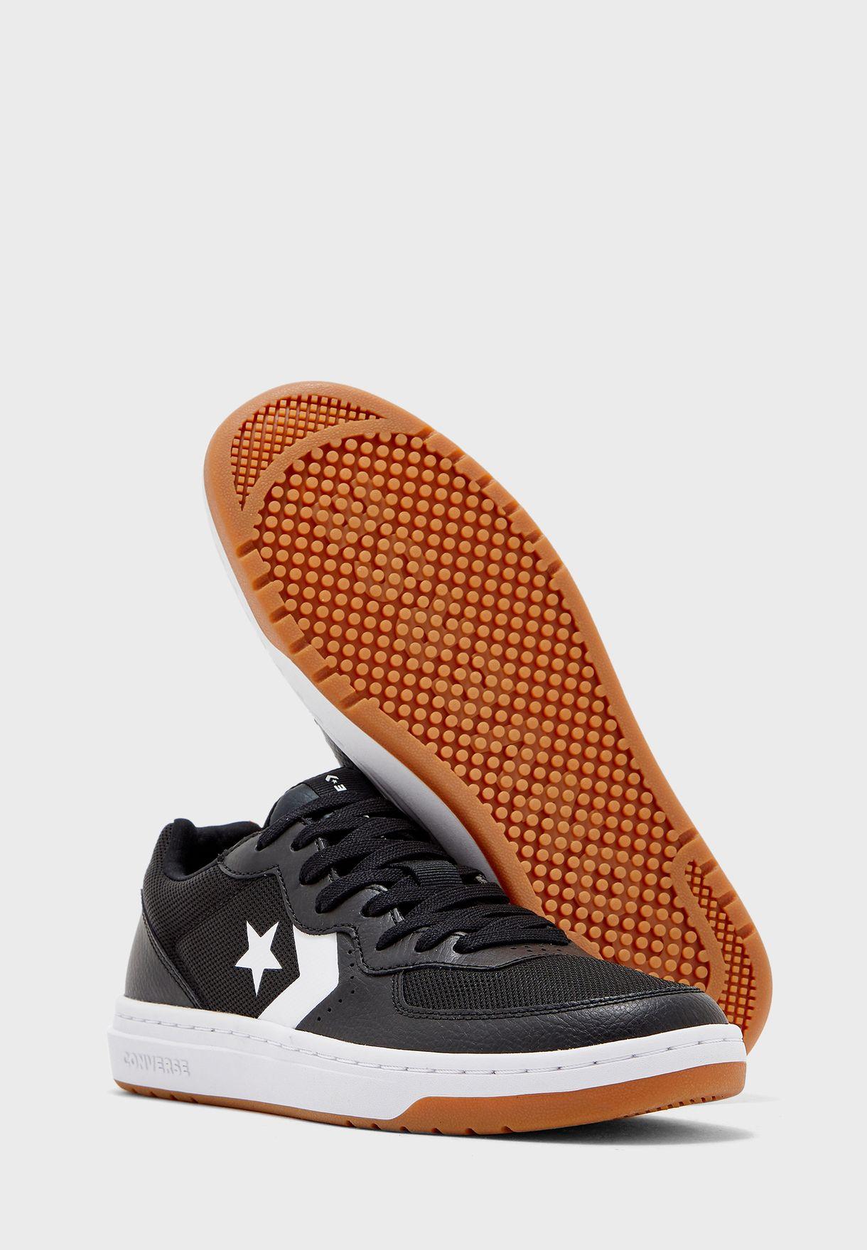 حذاء ريفال اوكس