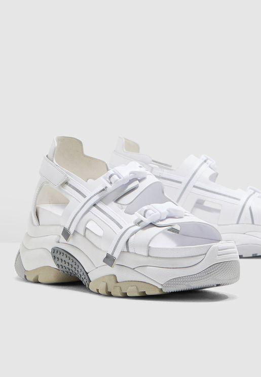 Arial Sneaker