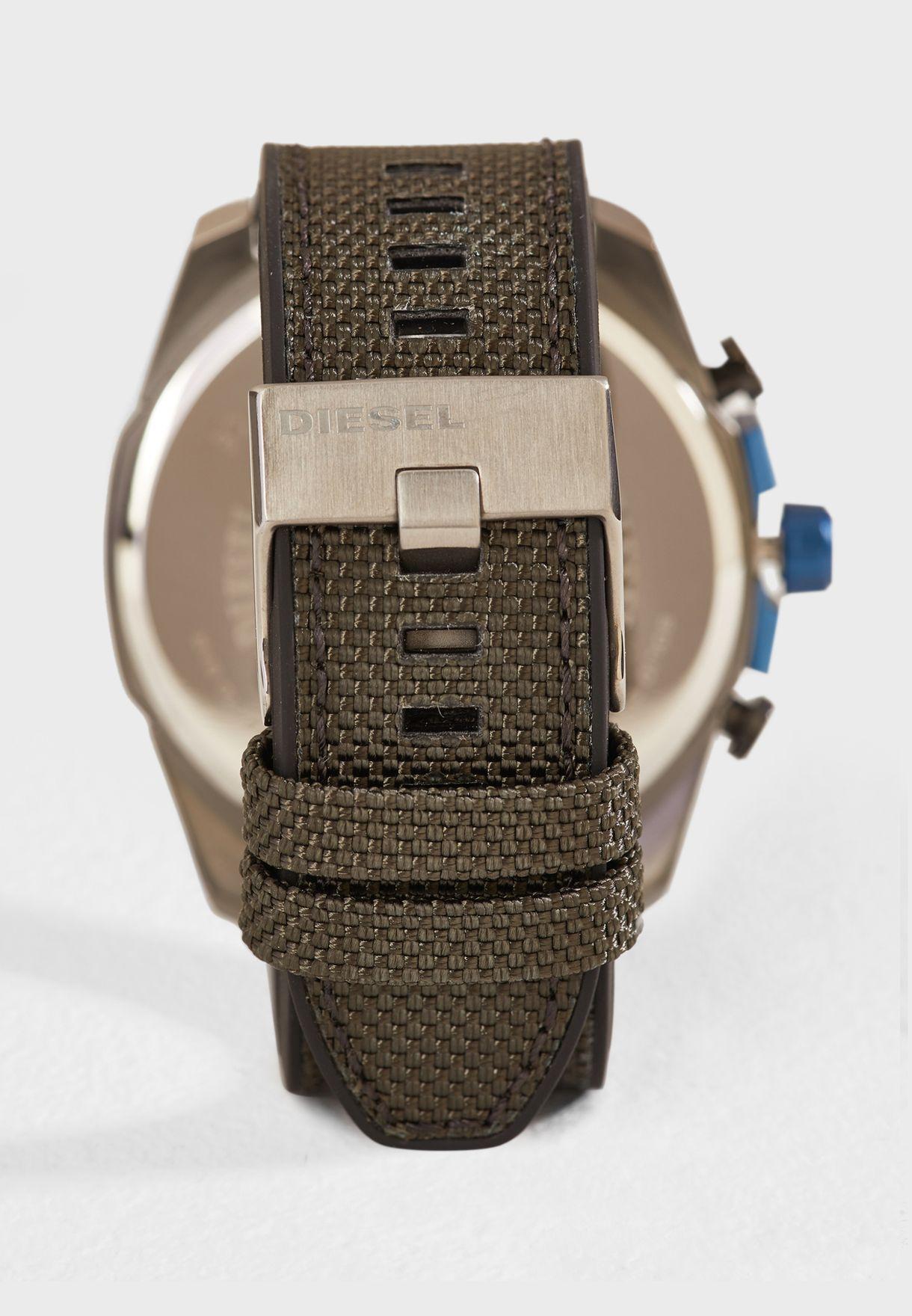 ساعة ميجا شيف DZ4500