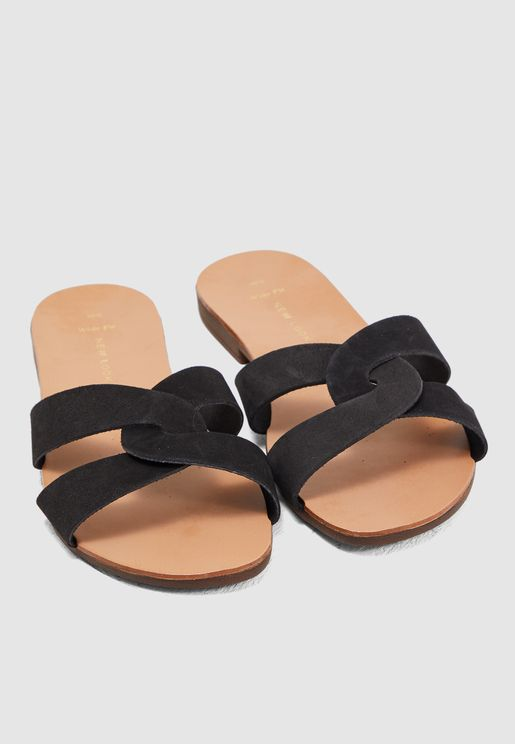 Wide Fit Hot Flat Sandal - Black