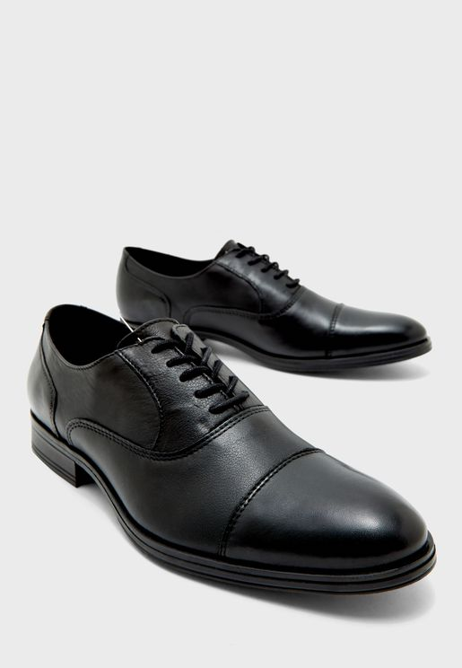 Donald Oxford Lace Ups