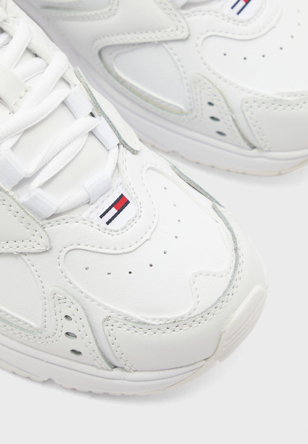 Heritage  Low-Top Sneaker