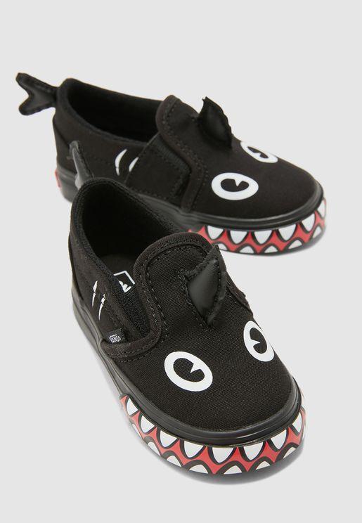 حذاء من مجموعة  شارك ويك