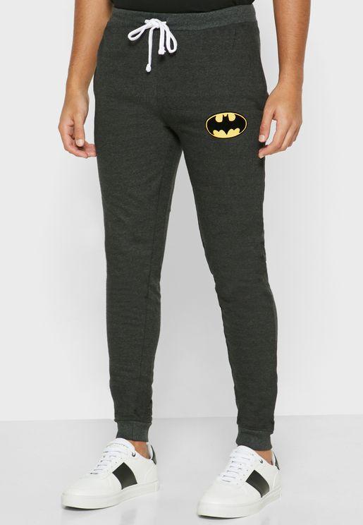 بنطال بشعار باتمان