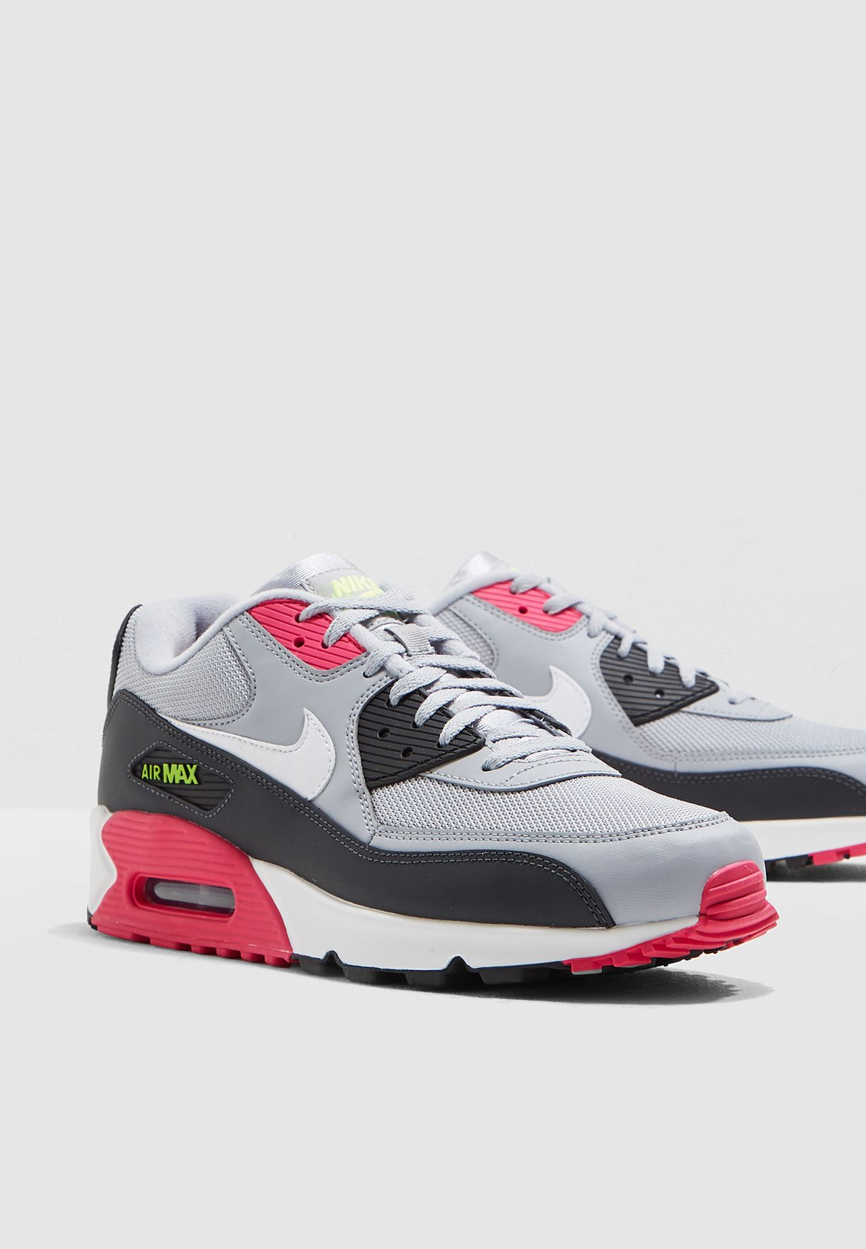 new product 34c34 5db13 Air Max 90 Essential