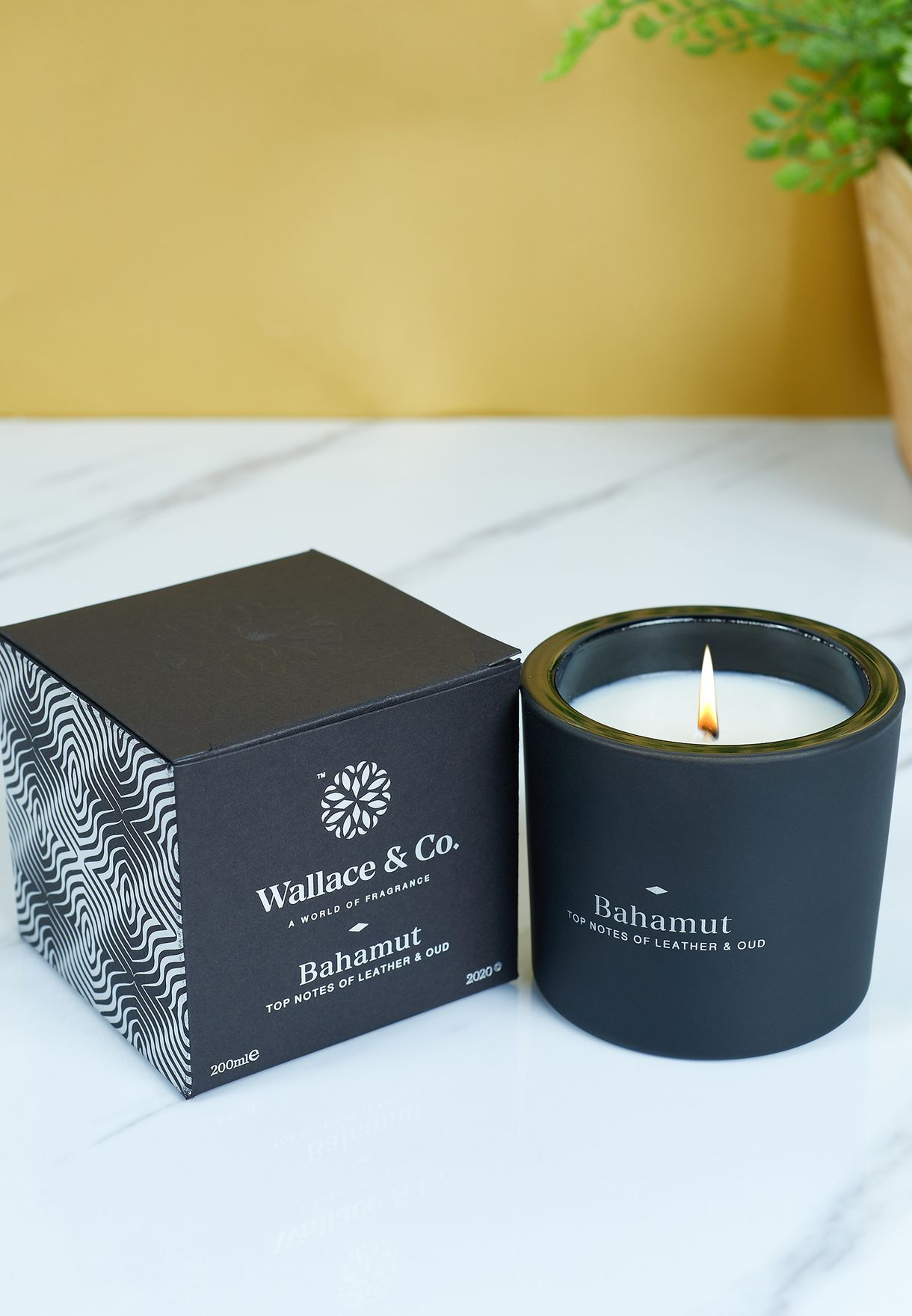 Leather & Oud Bahamut Scented Candle 200ml