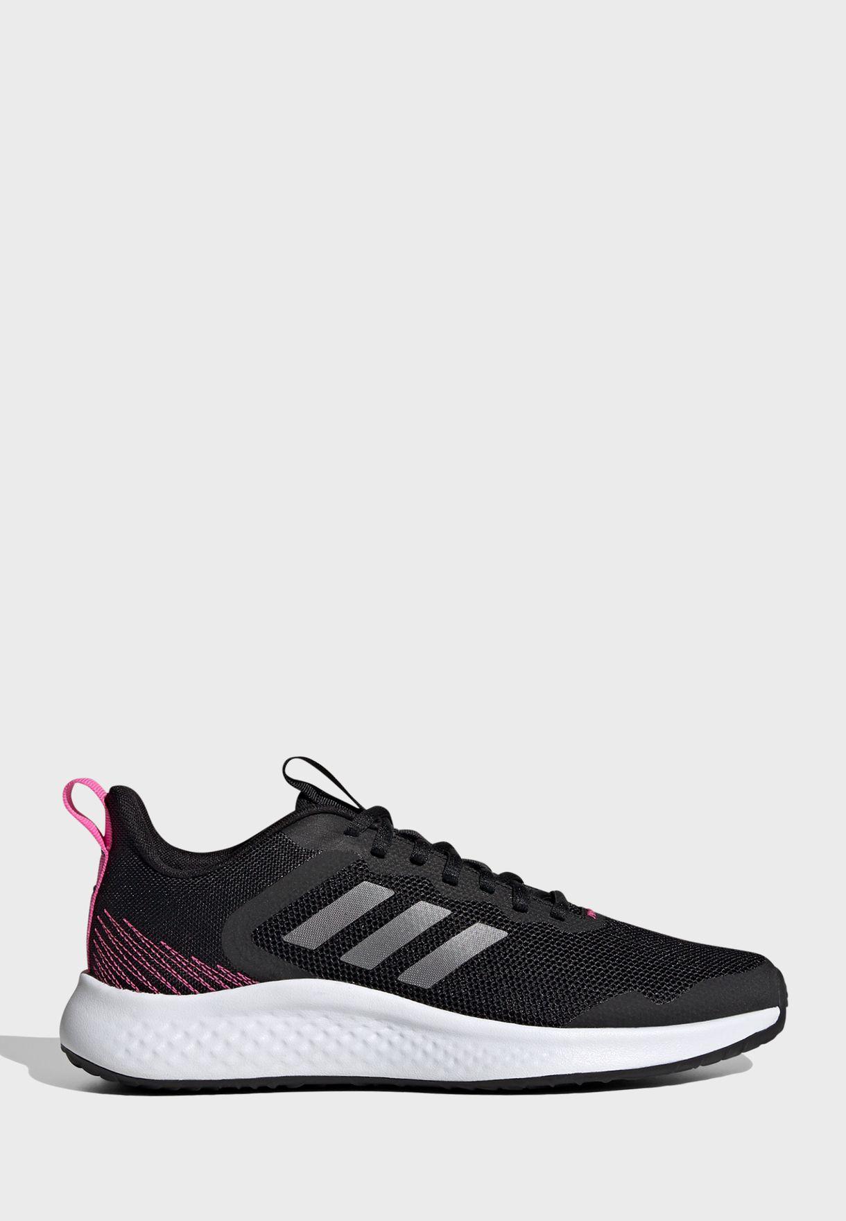 حذاء فلويد ستريت