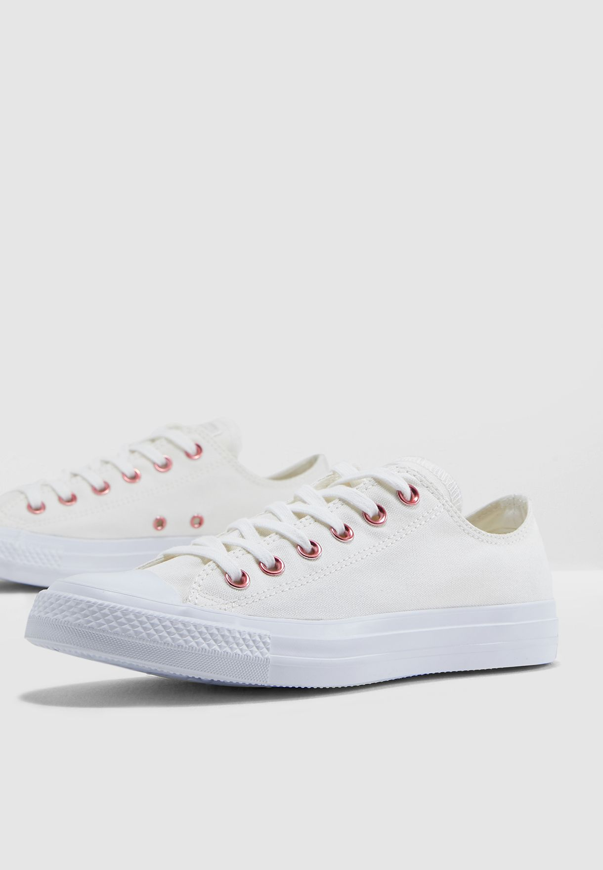 beb02482911a Shop Converse white Chuck Taylor All Star 163283C-281 for Women in ...