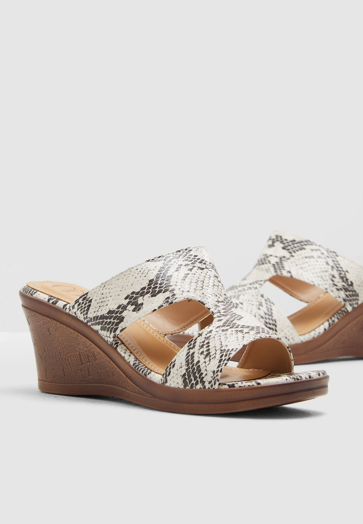Beanca Wedge Sandal