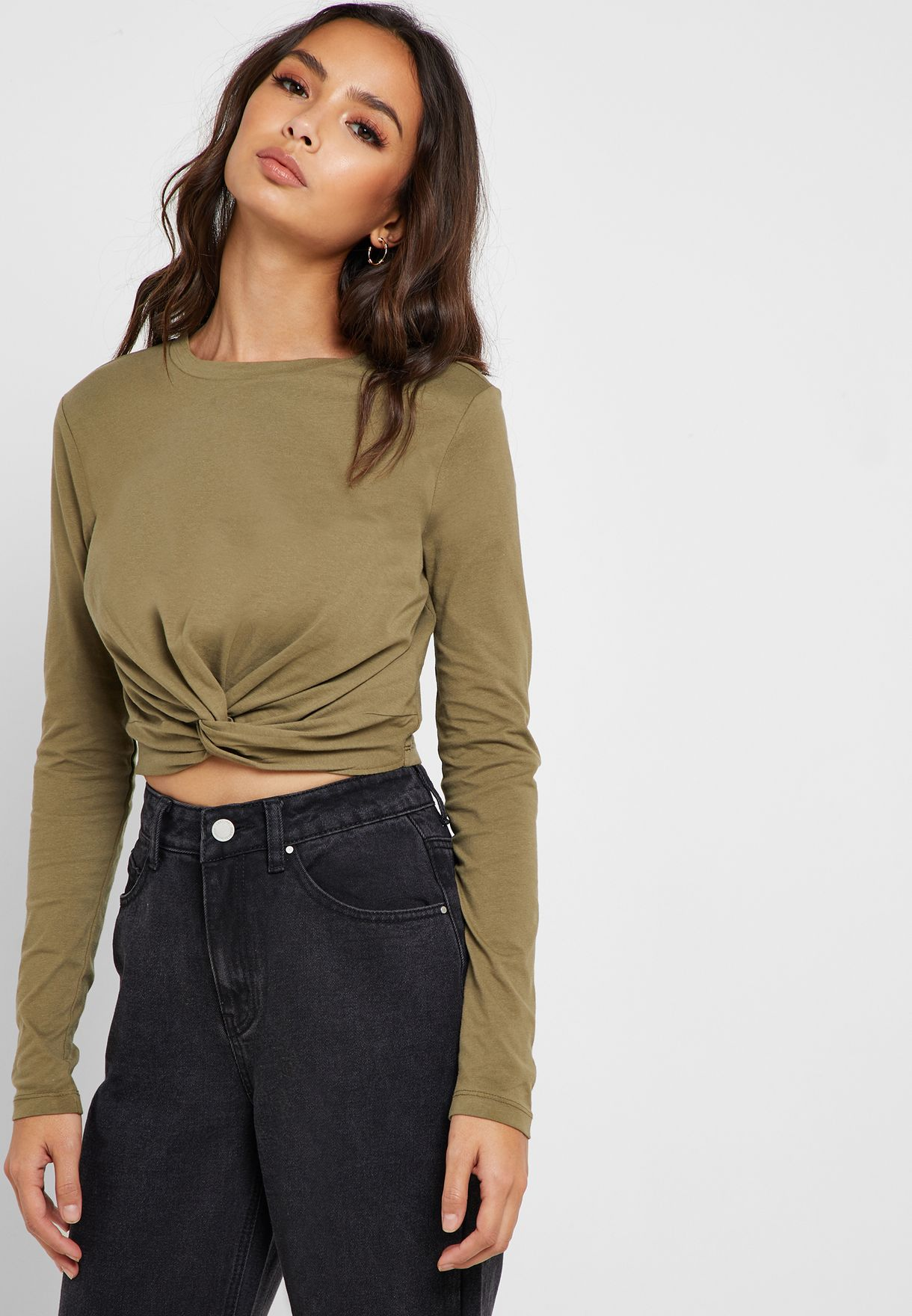 78a3f60b607 Shop Forever 21 green Twist-Front Crop Top 310835 for Women in ...