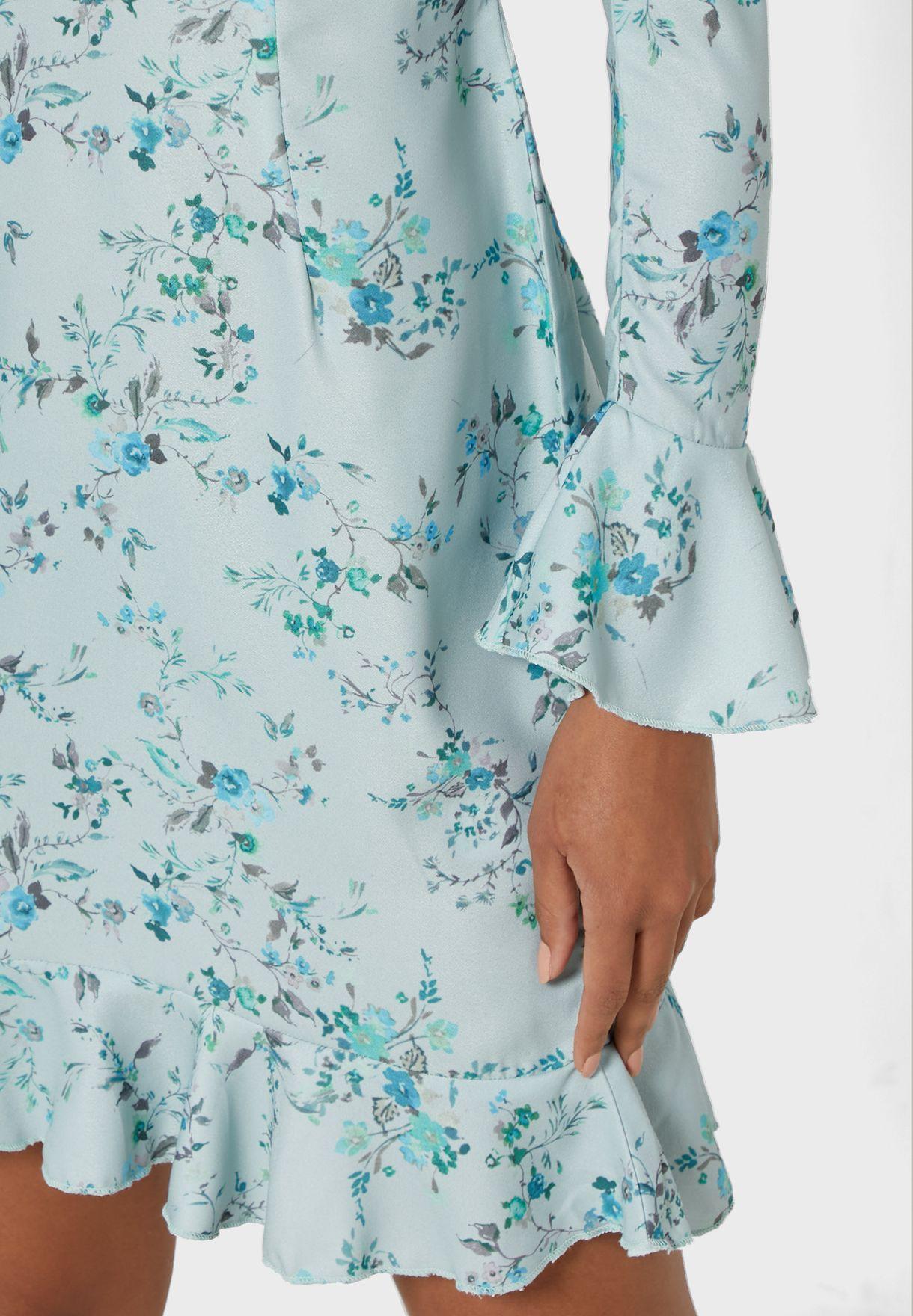 فستان مطبع باكمام فلوت
